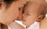 Dấu hiệu ở trẻ sơ sinh mẹ cần gọi ngay cho bác sỹ