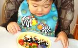 """Mẹ Mỹ: """"Tôi sẽ không bao giờ làm cơm cho con như mẹ Nhật"""""""