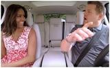Đệ nhất phu nhân Mỹ Michelle Obama nhảy múa, hát hò cuồng nhiệt trong xe ô tô