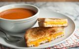 Bữa sáng siêu tốc có bánh sandwich kẹp phô mai thơm phức!