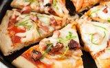 Mách bạn một cách làm bánh pizza bằng chảo siêu đơn giản