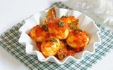 Trứng sốt cà chua kiểu mới lạ miệng cho bữa tối
