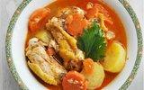 Gà nấu rau củ đậm đà thơm ngon cho bữa tối