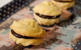 Giòn ngon hấp dẫn với bánh quy nhân chocolate