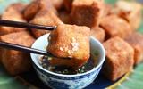 Cơm tối giản dị với đậu chiên ngũ vị thơm giòn hấp dẫn