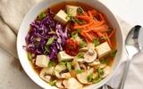 Chua cay ngon miệng món canh đậu nấu nấm