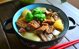Ngọt thơm món canh thịt hầm củ cải cho bữa cơm chiều đầm ấm