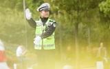 Những anh chàng cảnh sát đẹp trai như minh tinh khuấy đảo mạng xã hội Trung Quốc