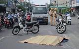 Bị xe buýt cán qua đầu, người phụ nữ tử vong trên đường phố Sài Gòn