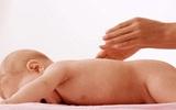 Mát - xa giúp bé tăng chiều cao
