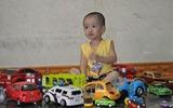 Khoe nhà mình: Bộ sưu tập ô tô của bé Tôm