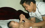 Khoe nhà mình: mẹ Tôm chia sẻ cách massage cho con hàng ngày