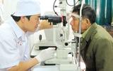 Coi chừng dịch đau mắt đỏ bùng phát sớm
