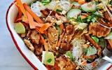 Nộm miến gà kiểu Thái chua ngọt dễ ăn