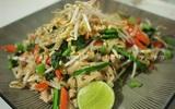 Đổi món cho bữa tối với mỳ xào kiểu Thái ngon lạ
