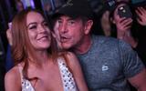 Bố Lindsay Lohan xác nhận con gái đang mang bầu