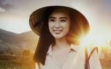 Angela Phương Trinh gây bất ngờ với hình ảnh cô giáo vùng cao đội nón lá