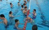Cảnh giác mắc bệnh phụ khoa khi đi bơi trong mùa hè