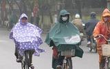 Đừng chủ quan khi sử dụng áo mưa