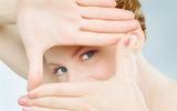 Ăn đúng thực phẩm để giảm nhức mỏi mắt trong ngày hè
