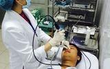 Bệnh viêm xoang có thể dẫn đến biến chứng lồi mắt