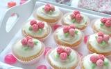 Cupcake hoa hồng - đẹp mà ngon lắm nhé!