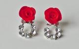 Làm hoa hồng cho khuyên tai và kẹp tóc thêm xinh