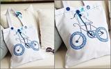 Trang trí túi xách lạ mắt với hình chiếc xe đạp