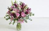Cách cắm hoa đẹp mắt và tươi tắn