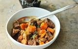 Bò kho mềm thơm cho bữa cơm ngày cuối tuần mưa lạnh