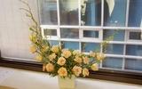 Đầu tuần cắm hoa đẹp trang trí nhà đầy sức sống