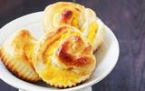 Bánh dứa cuộn thơm phức cho bữa sáng