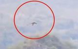 Phát hiện rồng khổng lồ bay trên núi ở Trung Quốc?