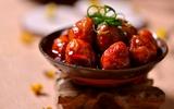 Trứng cút xốt chua cay ăn cho cơm chiều hấp dẫn!