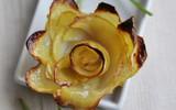 Làm hoa hồng từ khoai tây vừa ngon vừa đẹp
