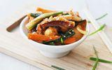 Mực xào kiểu Hàn đổi món cho bữa tối
