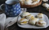Bánh quai vạt đậu xanh sầu riêng thơm nức mũi