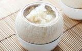 Dừa hấp nấm tuyết mát ngọt cho ngày oi nóng