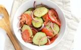Bổ sung vitamin với món salad cà chua mát giòn ngon tuyệt