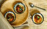 Trứng vịt lộn xào me - món ăn vặt ngon mê mẩn