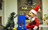 Giáng sinh đầu đời đáng nhớ của tiểu yêu tinh tuổi bi bô