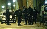 Cảnh sát Pháp đấu súng dữ dội với chủ mưu vụ khủng bố Paris, 2 nghi phạm đã chết