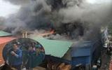 Hà Nội: Cháy lớn ở công ty vật liệu xây dựng, nhiều người chạy tán loạn