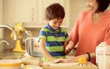Những kỹ năng sống quan trọng bố mẹ cần dạy con từ 2 đến 18 tuổi
