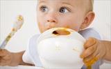 Những lưu ý về dinh dưỡng quan trọng với trẻ 1 tuổi mẹ nên biết