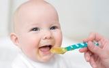Dinh dưỡng ăn dặm – những vấn đề các mẹ cần lưu tâm