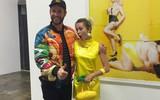 """Miley Cyrus """"lòe loẹt"""" sánh đôi Liam Hemsworth sau khi công khai chê nhẫn đính hôn"""