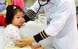 Lưu ý phòng tránh các bệnh giao mùa đông xuân cho trẻ