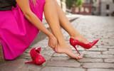 Hóa ra cách đảm bảo không bị phồng rộp chân khi đi giày mới đơn giản cực kỳ