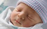 Những điều tuyệt đối không nên làm với trẻ sơ sinh